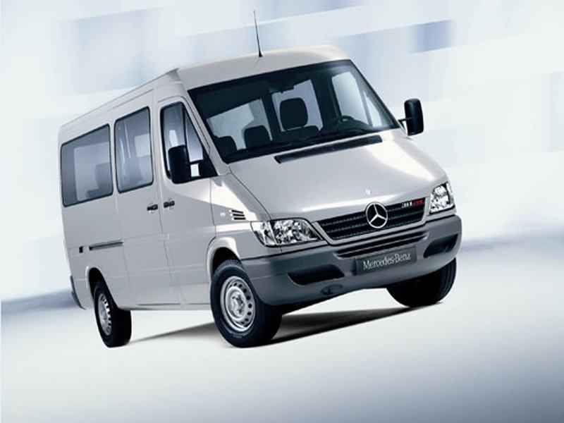 Giá xe mercedes 16 chỗ đời 2012