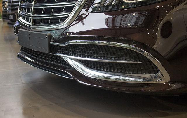 Cản trước thiết kế kiểu mới trên Mercedes-Maybach 2018.